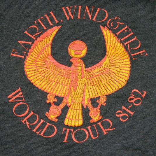 Vintage EARTH WIND  FIRE 8182 TOUR TShirt