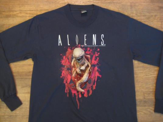 Vintage 1991 rare Aliens movie 3D Chestburster tshirt
