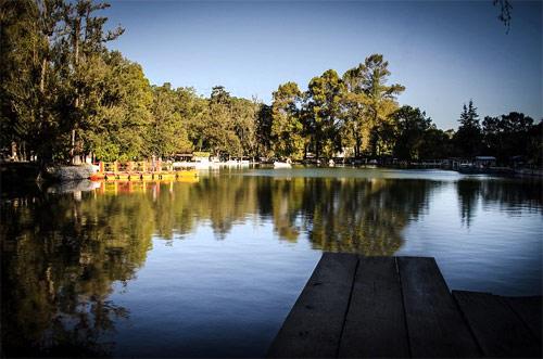 Laguna cerca de Balneario Los Aposentos, Chimaltenango, Guatemala