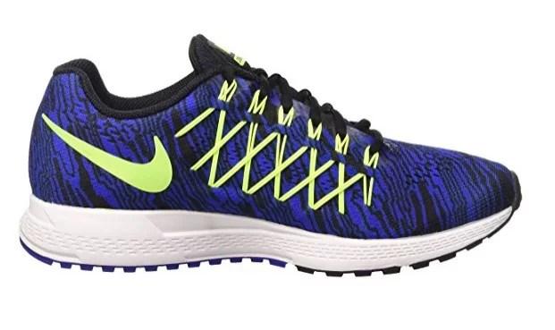 Nike Zoom Pegasus 32 Schuh von der Seite