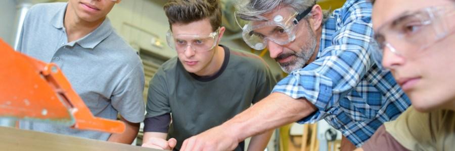 Mehr Angebote, weniger Bewerber – Halbzeit auf dem NRW-Ausbildungsmarkt