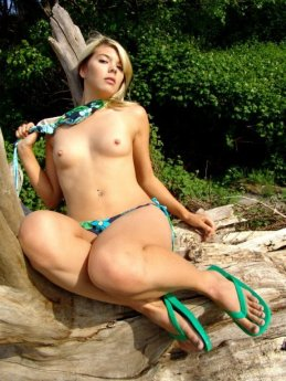 bikini_025