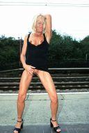 blonde_schlampe_15