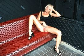 blonde_schlampe_57