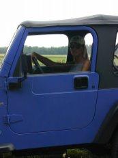 outdoor-im-jeep-voyeur-02