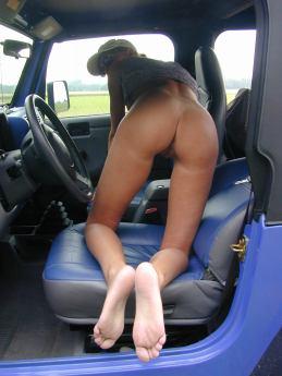 outdoor-im-jeep-voyeur-58