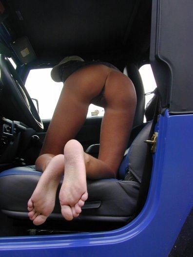 outdoor-im-jeep-voyeur-59
