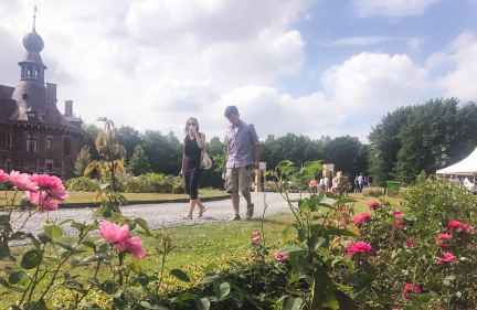 beauville-deinze-oioidonk-dancefestival_walk2