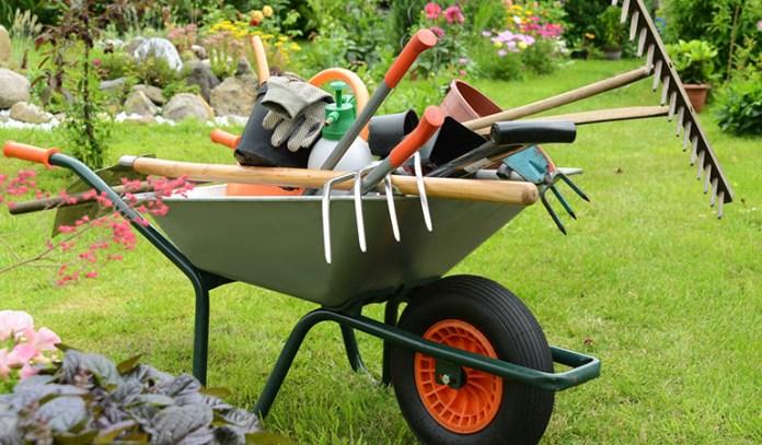 Las mejores herramientas de jardinería están en Fixami