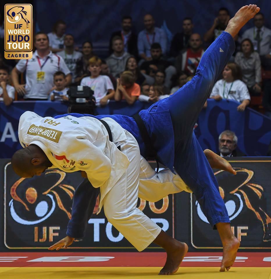 Teddy Rinner tirando a rival con harai Goshi