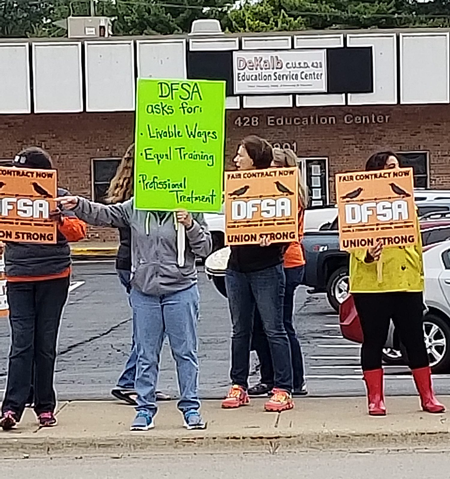 DFSA Picketers 8.24.18.2