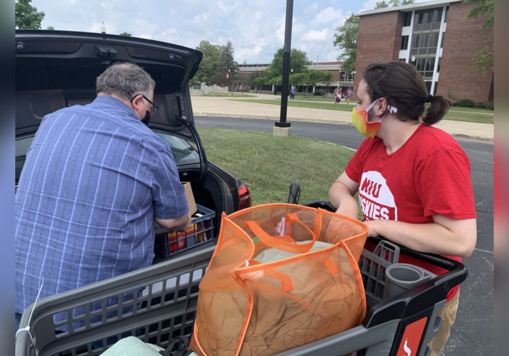 NIU Freshmen Arrive On Campus Ready To Start Third School Year Impacted By COVID-19