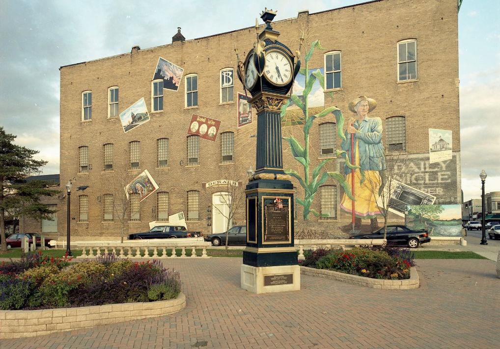 DeKalb's Famous Clock Being Repaired