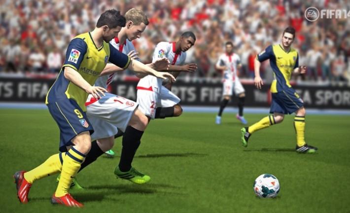 FIFA14_PS3_AtleticoMadridandSevilla_Jostle_WM