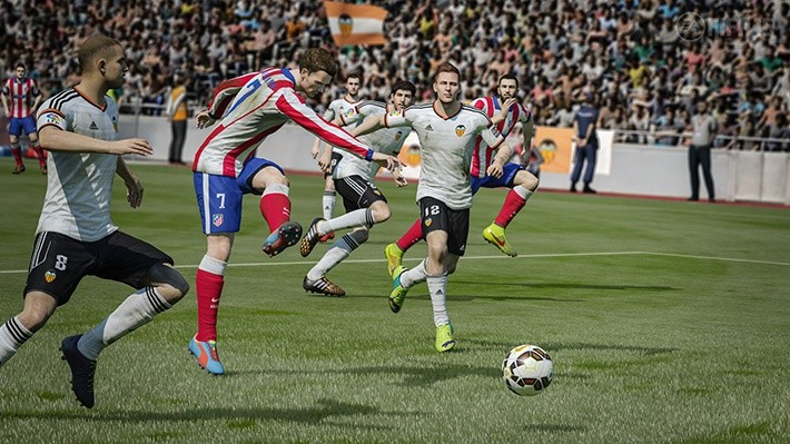 fifa15_xboxone_ps4_atleticomadrid_vs_valencia_shot_wm