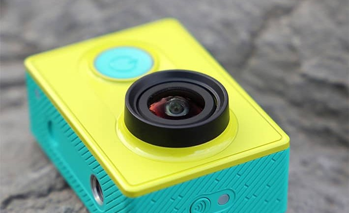 Xiaomi-Action_Camera-right-down.