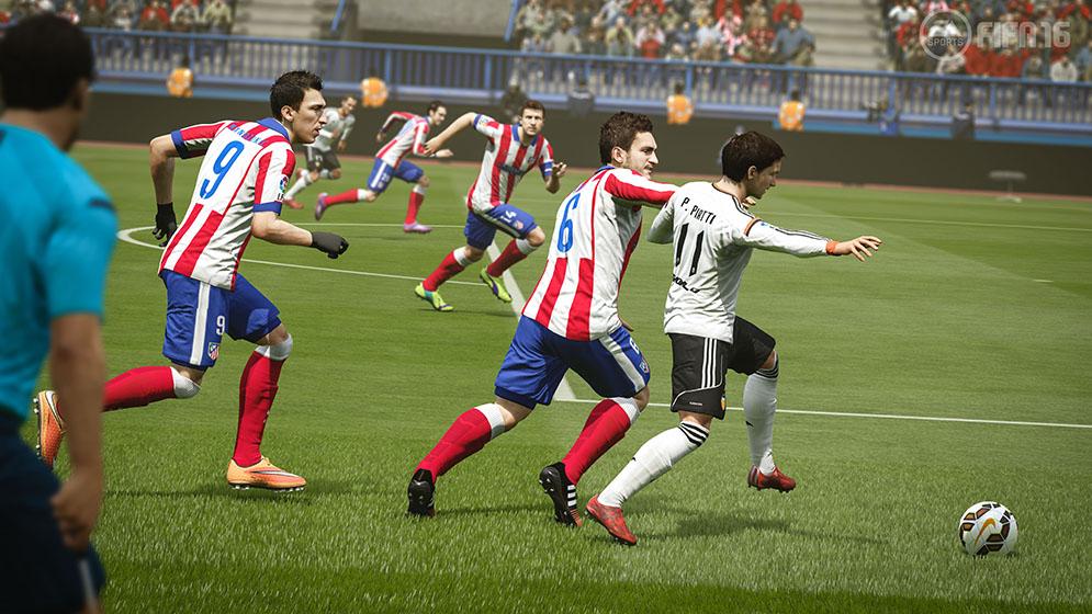 FIFA16_XboxOne_PS4_E3_ATLvValencia_HR_WM.0