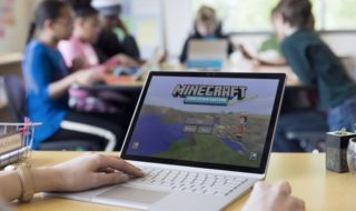 Ya disponible la versión completa de Minecraft: Education Edition