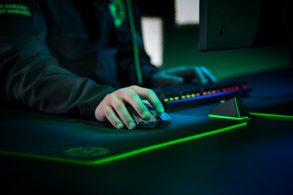 Razer Viper Ultimate - Play