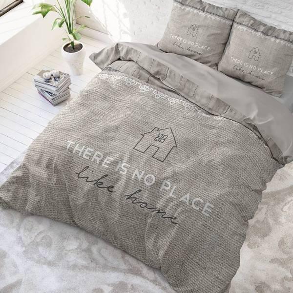 Dekbedovertrek Like Home 1-persoons (140x220 cm) - Katoen - Tekst - Taupe - Ga naar Dekbed-Discounter.nl & Profiteer Nu