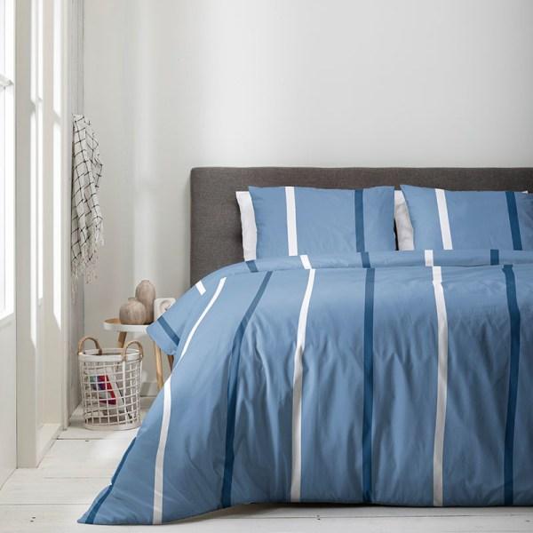 Dekbedovertrek Luna Blue Stripes 1-persoons (140x220 cm) - Microvezel - Strepen - Blauw - Ga naar Dekbed-Discounter.nl & Profiteer Nu