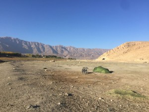 camping-in-the-dessert