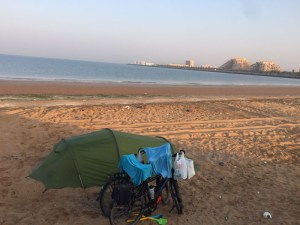 camping-on-the-beach