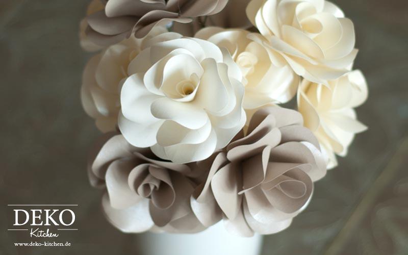 DIY Rosenblten aus Papier fr tolle Hochzeitsdekos  DekoKitchen