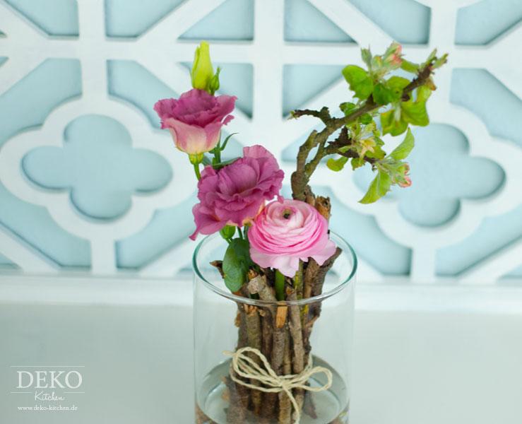 DIY frhlingshafte Blumendeko schnell  gnstig  Deko