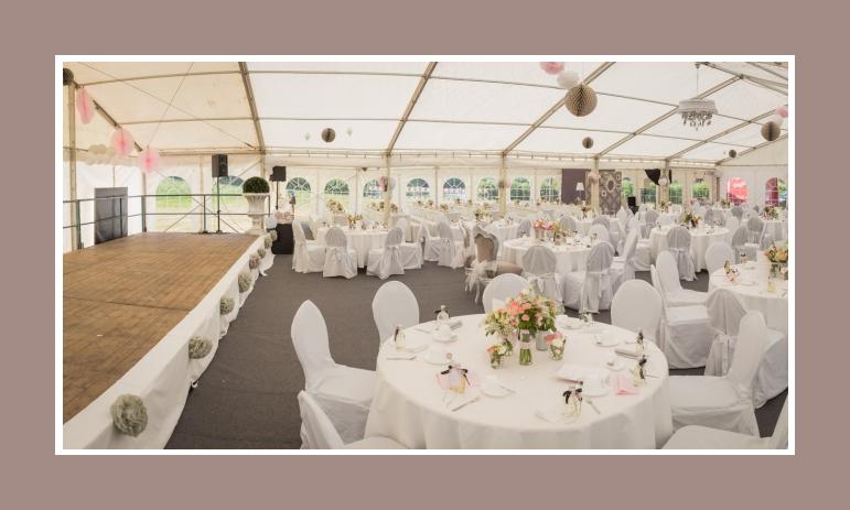 Romantische Hochzeitsdeko im Zelt von Oliver  Melissa  ab 1