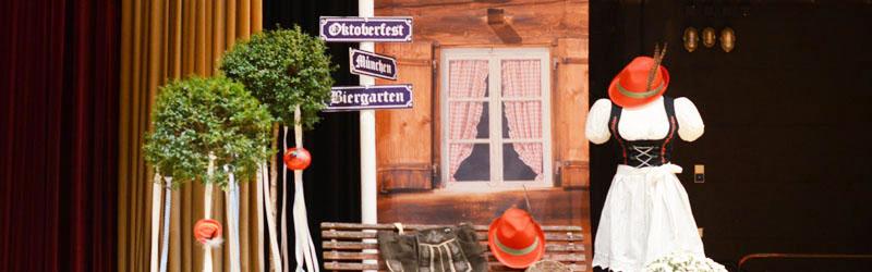 Bayrische Dekoration Oktoberfest mieten fr Events  Dekoanddesign  Mietservice