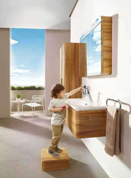 Banyo çocuk basamağı