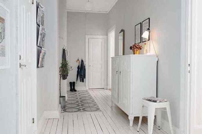 Beyaz minimalist antre renkleri