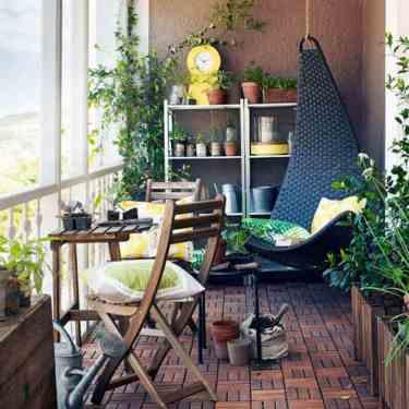 kucuk-balkon-mobilyasi
