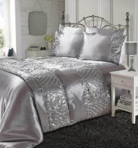 Luxurious Shimmer Duvet Cover Set With Soft Black Faux ...