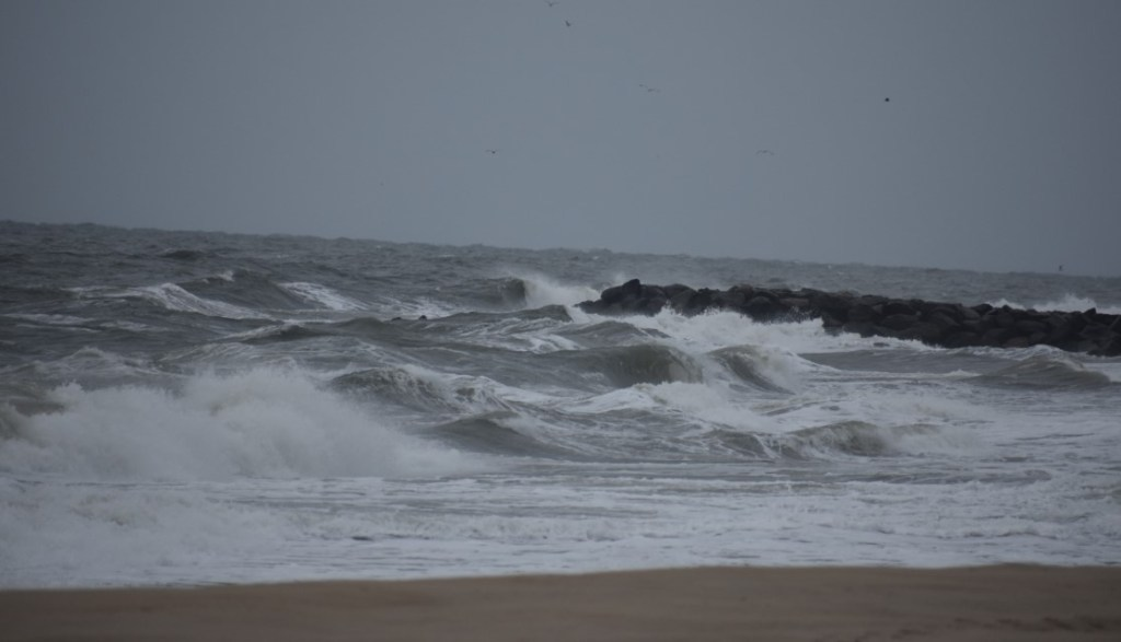 noreaster fishing, the pocket, jetty, naval crossing, cape henlopen state park, delaware, sussex county