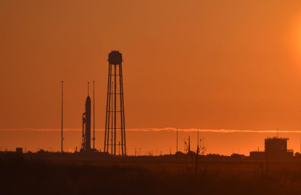 antares, cygnus, northrop grunman, wallops flight facility, nasa, rocket launch, media access, sunrise