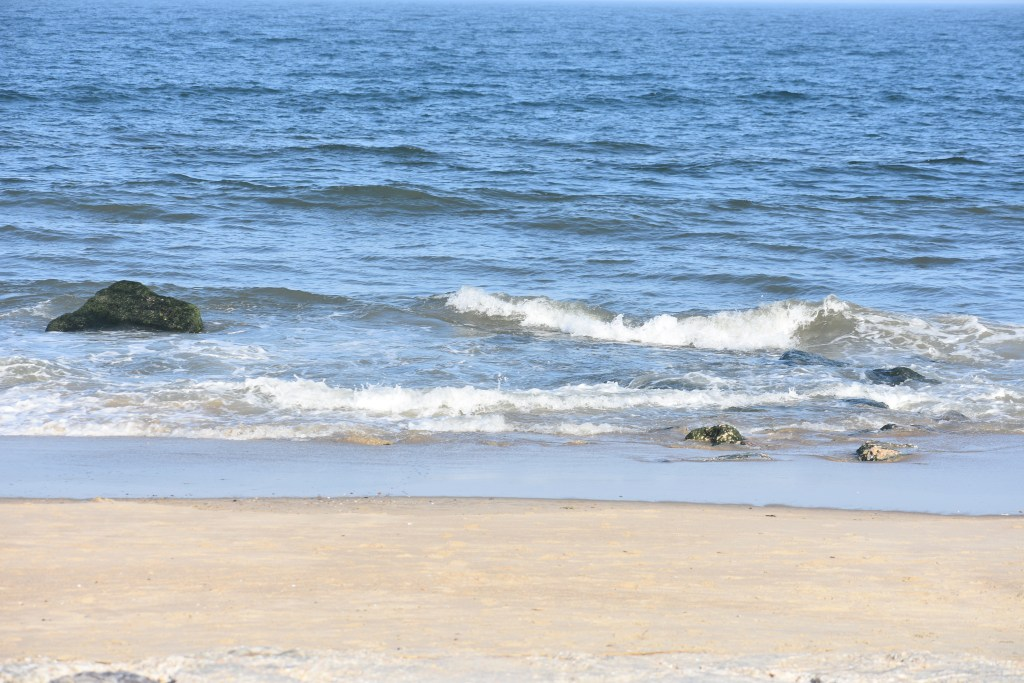 delaware walk on surf fishing spots, delaware surf fishing, becach fishing, rehobtoh beach, bethany beach, fenwick island, lewes beach