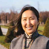 Interview: Uyangaa die Schneekönigin
