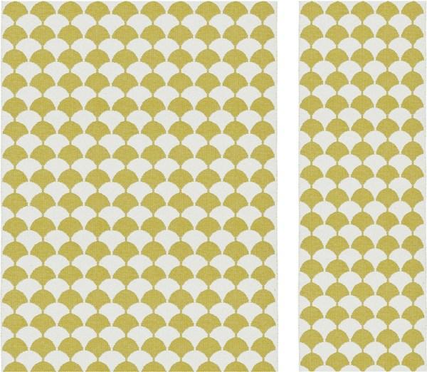 Alfombra de plástico Gerda color Mustard de Brita Sweden