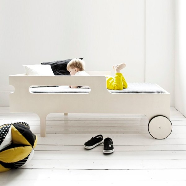 Cama R Toddler de Rafa Kids acabado blanco lavado