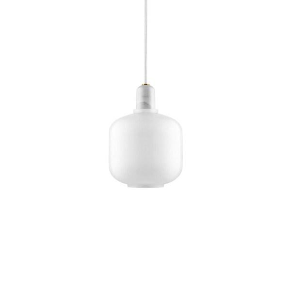 Lampara AMP small de Normann Copenhagen con casquillo en mármol blanco y tulipa de cristal blanco