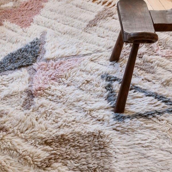 alfombra estilo boho de lana de lorena canals