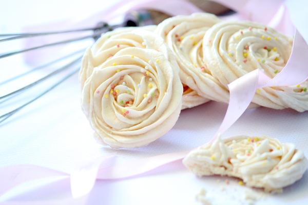 meringues-italiennes-roses2