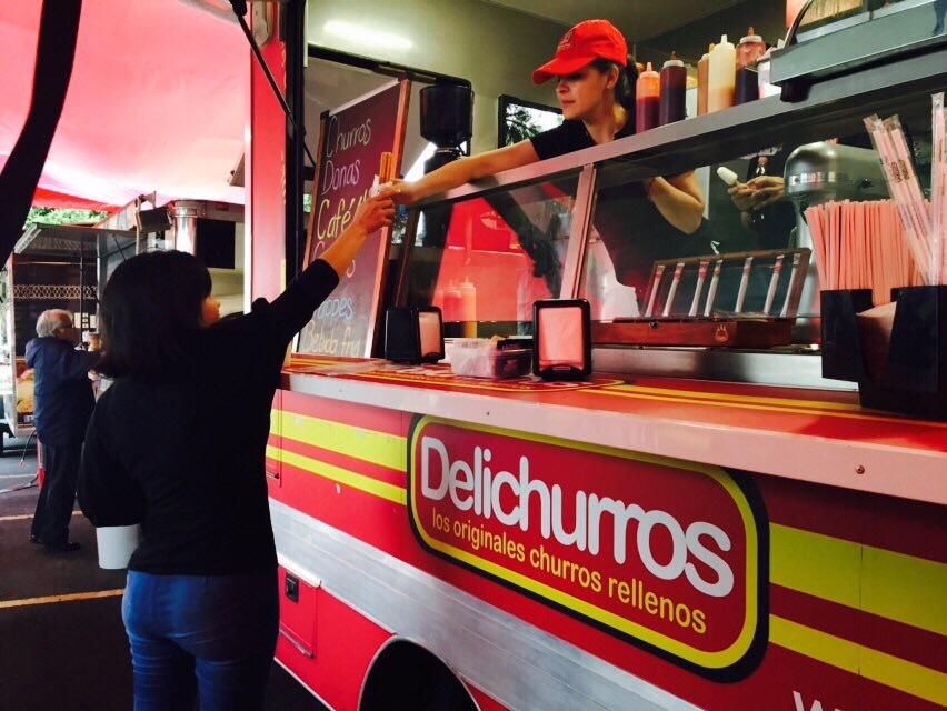 FoodTruck Delichurros - Servicio