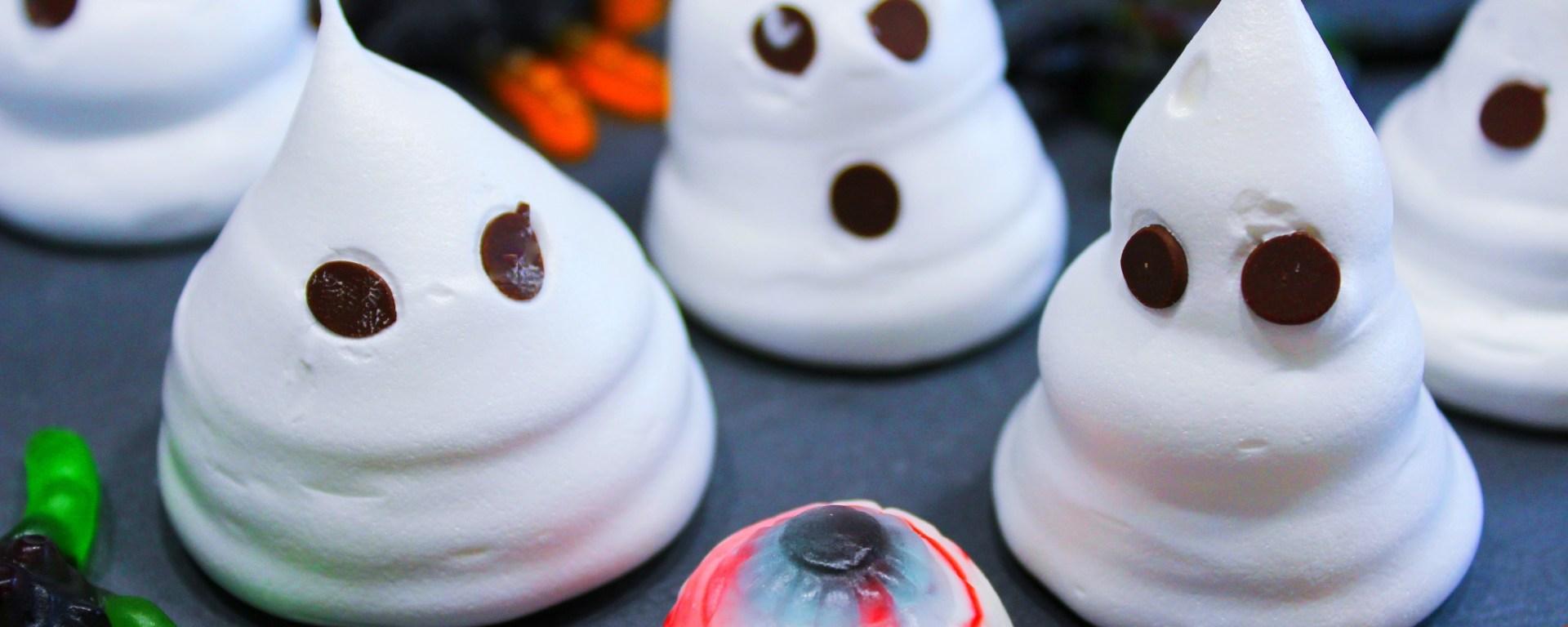 Délicimô ! - Recette des Meringues Fantômes pour Halloween Facile et Rapide - www.delicimo.fr