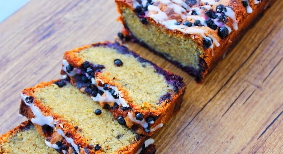 Délicimô ! - Recette du Cake Amande, Citron et Myrtilles - www.delicimo.fr