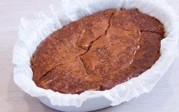 Délicimô ! - Recette de l'Authentique et Traditionnel Gâteau Brownie au Chocolat et aux Noix de Pécan Caramélisées de Cyril Lignac Fait Maison – Tous en Cuisine sur M6 - Pas à pas - Etape par étape - Yannick Rolland - www.delicimo.fr