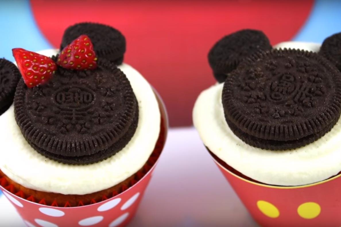 Cupcakes de mickey y minnie mouse  Deliciosicom