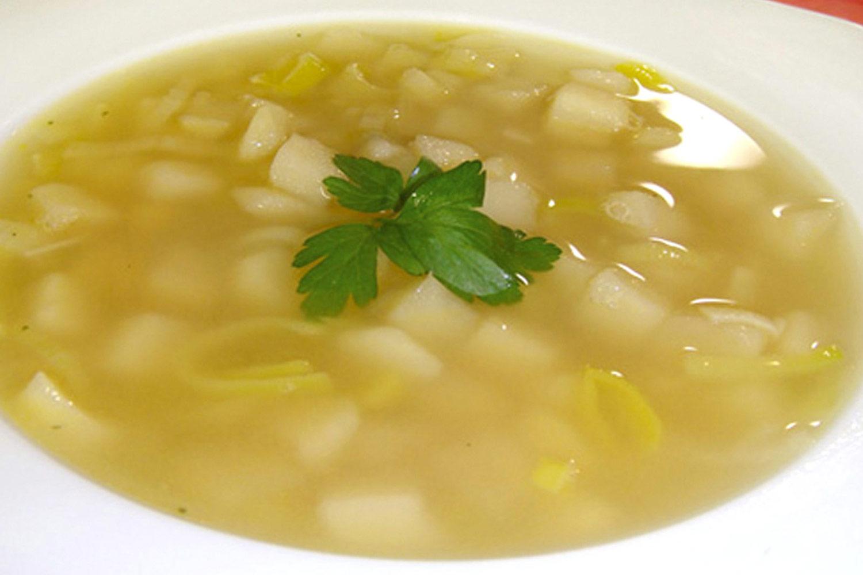 Sopa de poro y papa  Deliciosicom